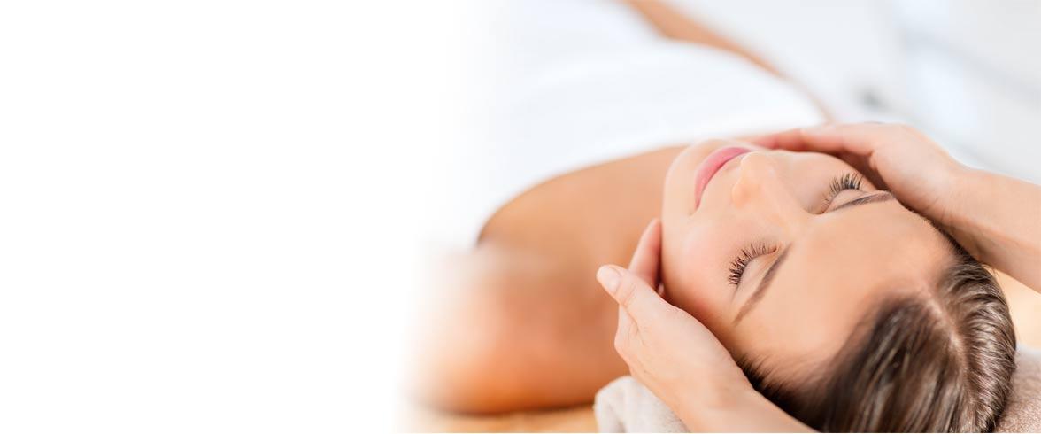 Facial treatment services hot